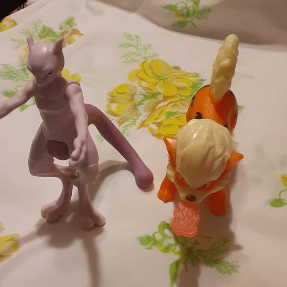 Pokemon Detective Pikachu Burger King Toys Mewtwo